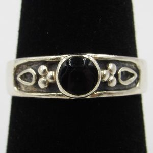 Vintage Size 7 Sterling Rustic Design Black Ring